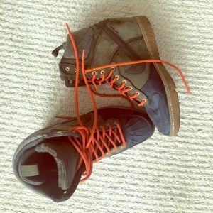 Nike Shoes - Nike sky high wedges